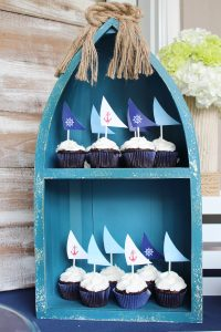nautical cupcakes with sail printable toppers