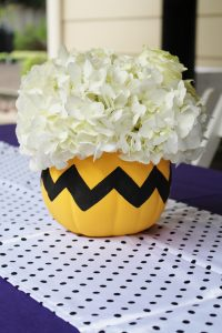 charlie brown centerpiece ideas