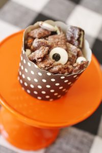 halloween muddy buddy recipe