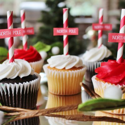 Transform Vanilla Cupcake Mix for the Holidays- 3 Simple Topper Designs