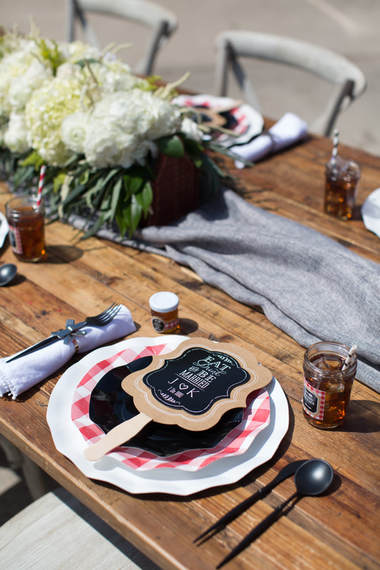 i do bbq bridal shower tablescape details