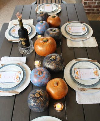 "A ""Formal"" Friendsgiving Tablescape & FREE Printable Menu Cards"