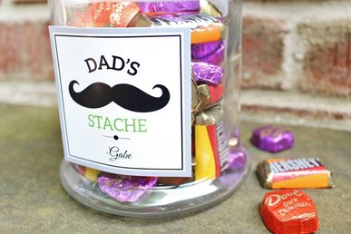 "Dad's ""Stache"" Father's Day Gift Idea & FREE Printable"