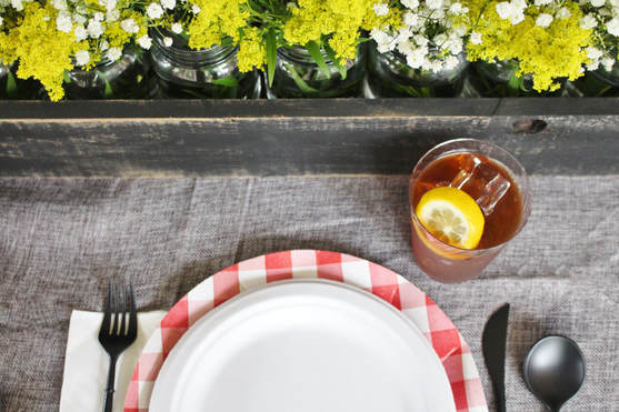 Outdoor bbq table decor ideas with gingham chargers