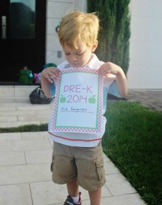 FREE Back to School Photo Signs: Pre-K and Kinder