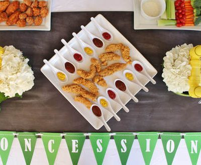 "Homegating Ideas & FREE Printable ""Game Day"" Banner"