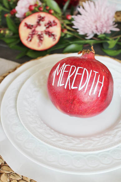 pomegranate placecards using vinyl