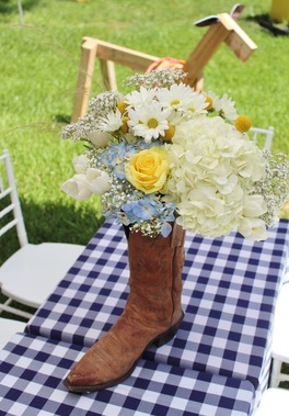 western boot centerpiece idea for a cowboy party