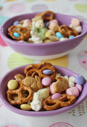Bunny Bait snack mix in purple ceramic easter egg bowls