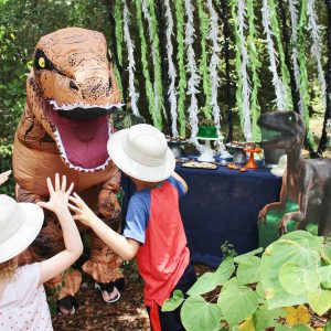 How to Recreate Jurassic World for Your Dinosaur Party