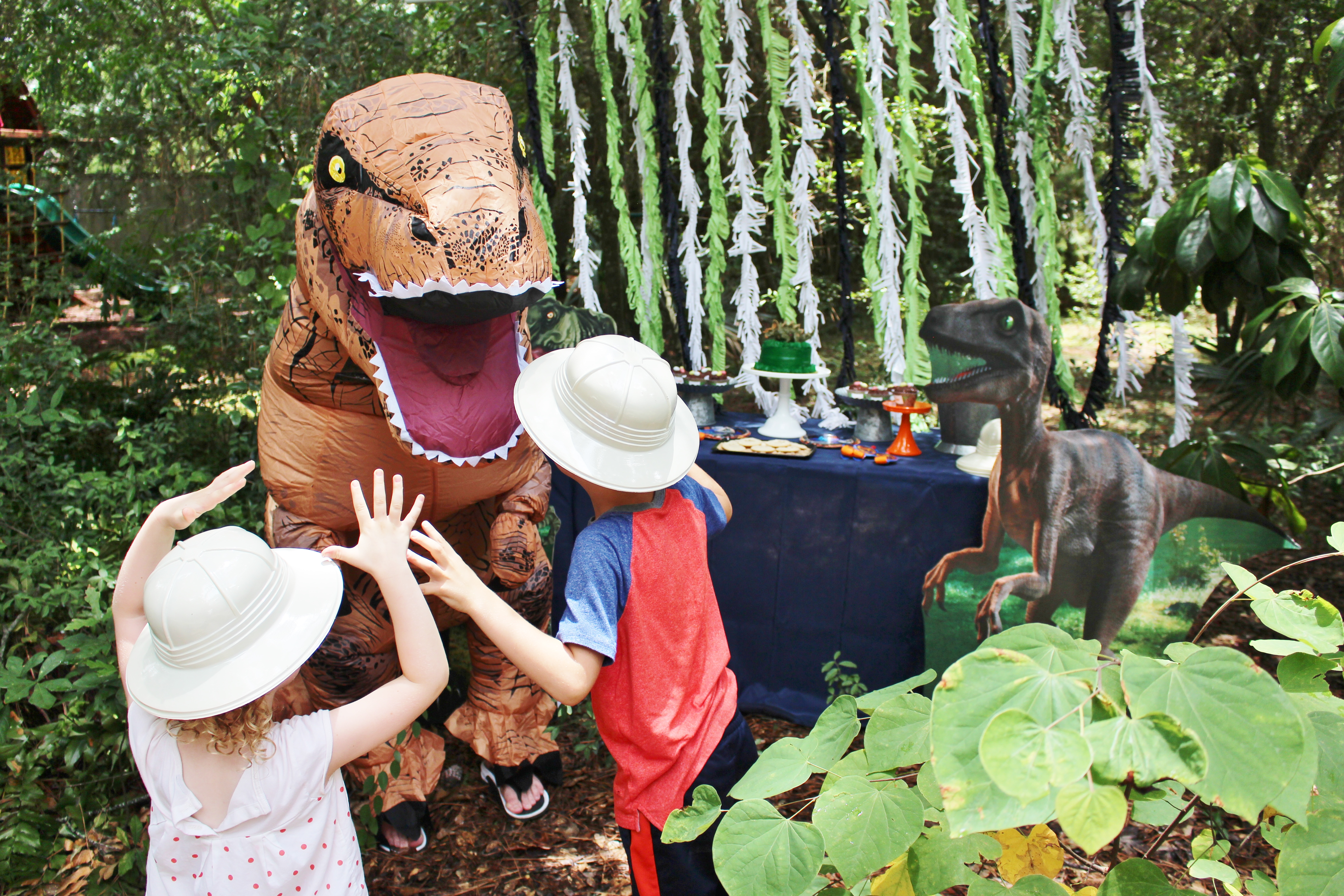 Jurassic World Dinosaur Party Ideas - Crowning Details