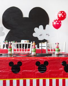 mickey mouse centerpiece idea