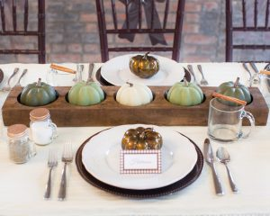 fall tablescape using neutral colors