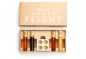 honey sampler gift guide for the hostess
