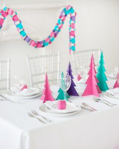 merry and bright christmas table decor