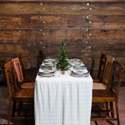 How to Set a Farmhouse Holiday Table