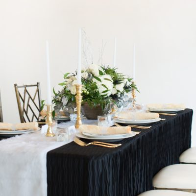 How to DIY a Stunning Winter Wonderland Tablescape