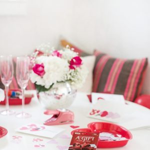 How to Host a Galentine's Card Making Party