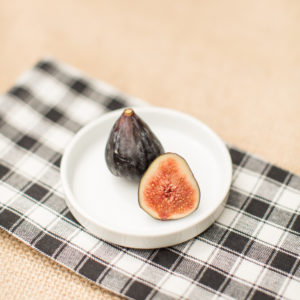 mission figs for a gorgonzola crostini recipe