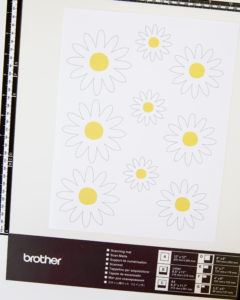 printable daisy cake toppers