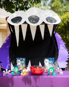 monster trunk or treat ideas