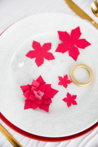 supplies needed for paper poinsettia napkin rings