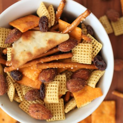 How to Make Spicy Trail Mix